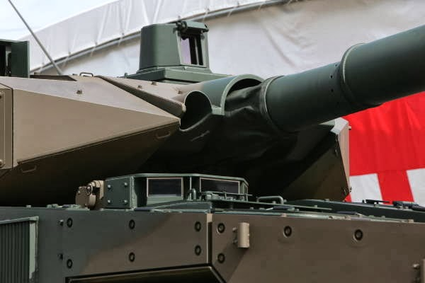 Japan Ground Self-Defense Force (JGSDF Tank Destroyer Maneuver Combat Vehicle (MCV) 120 125 mm (8)