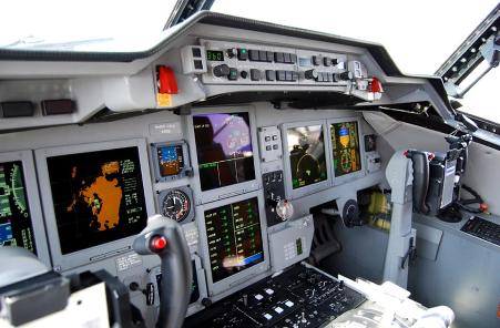 US2_cockpit-451x296
