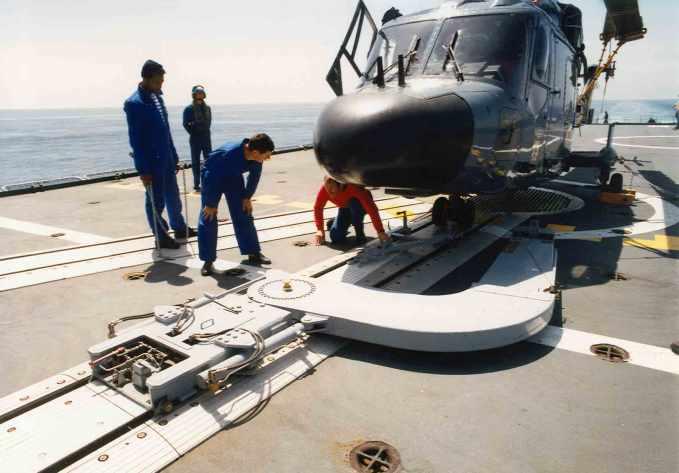 Samahé helicopter handling system