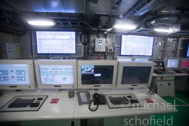 ms-queen-elizabeth-aircraft-carrier3.jpg