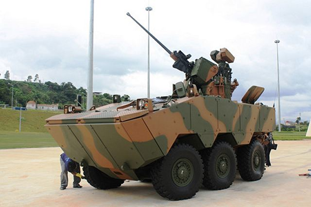 Guarani_APC_wheeled_armoured_vehicle_personnel_carrier_Brazil_Brazilian_army_640_002