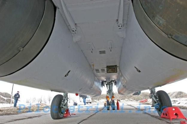 mig29_smt_fulcrum_f_fuselage_dessous_centre