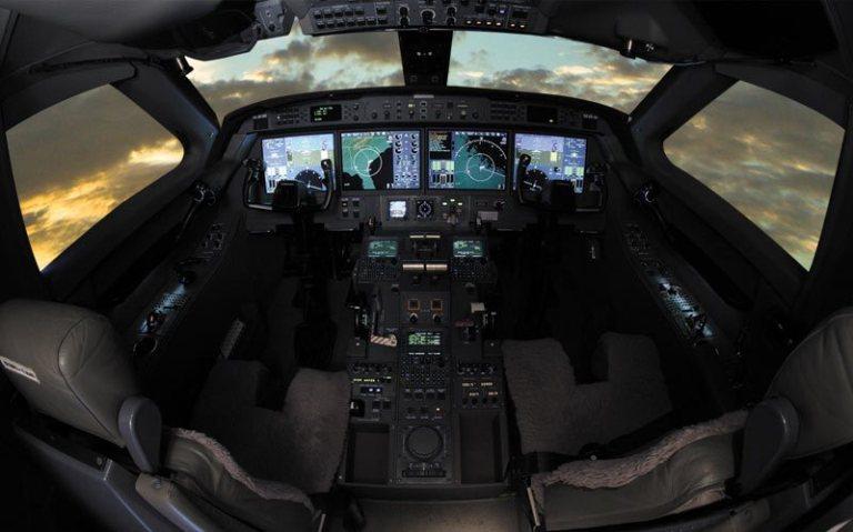 https://thaimilitaryandasianregion.files.wordpress.com/2016/03/g550_cockpit01_800x500.jpg?w=768