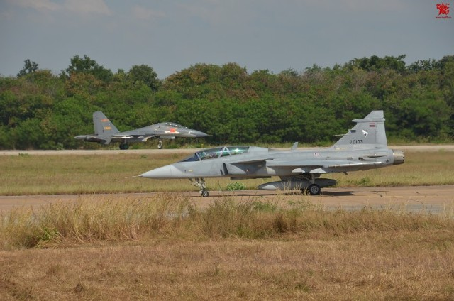 Thailand Gripens and Chinese PLAAF J-11 joint exercises 1