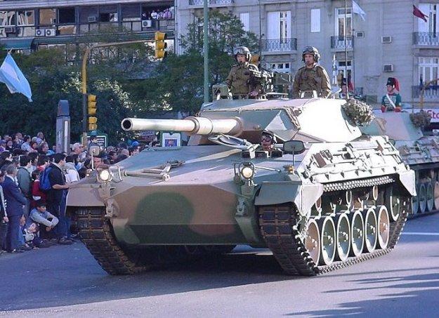 TAM-tank-1.jpg