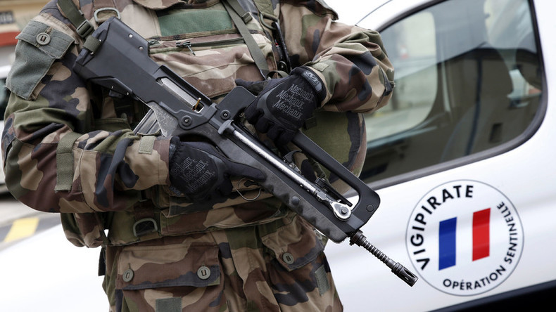 French police is that Mini 14's ? - Semi-Auto [Rifles ... |French Famas Police