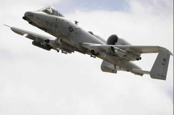 us-air-force-may-delay-retiring-a-10-warthog