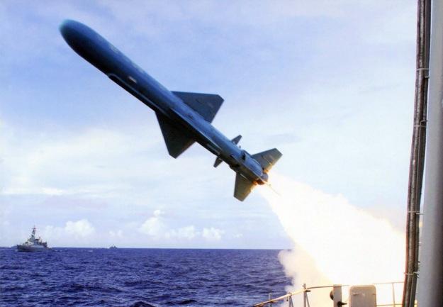 yj8-antiship-missile