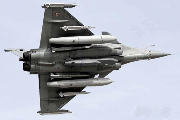 dassault-rafale-weapons-load.jpg