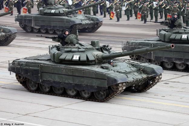 تعرف على النسخه الاحدث من دبابه T-73B3 التي عرضت في استعراض يوم النصر 2017 Alabino05042017-40-l