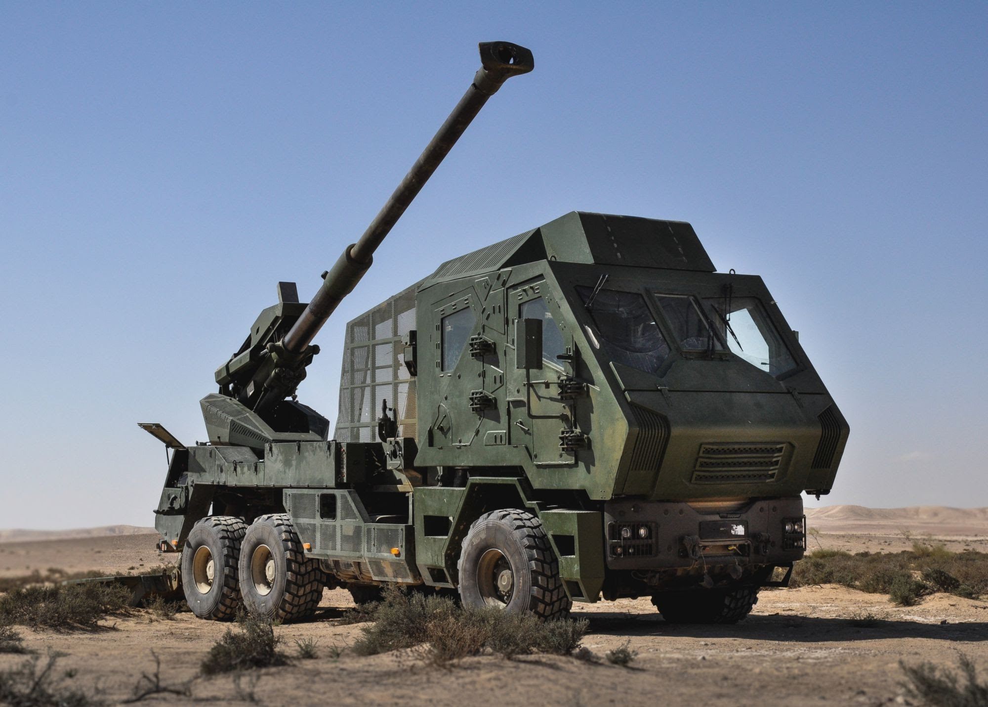 Atmos 2000 155mm Self-Propelled Artillery System, Israel ...