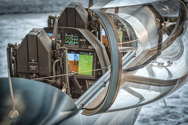 csm_DART_Highlihgt_2_Cockpit___Ejection_Bild_1_Garmin_G3000_Avionics_2ca75b1ca2.jpg
